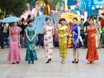 Demostración de Cheongsam fotografía de archivo libre de regalías