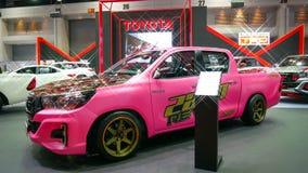 Demostración de coche modificada en el salón auto internacional 2018 de Bangkok Foto de archivo
