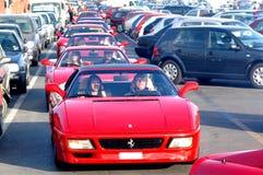Demostración de coche roja de Ferrari fotografía de archivo