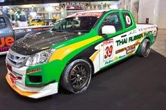 Demostración de ISUZU D-MAX en el segundo salón auto internacional de Bangkok fotos de archivo