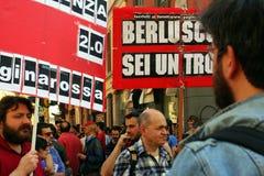 Demostración de la calle de los trabajadores del primero de mayo, Milano, Italia Fotografía de archivo libre de regalías