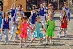 Demostración de la danza en juegos del ejército Tyumen Rusia Foto de archivo