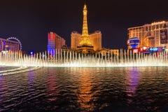 Demostración de la fuente de Bellagio en el hotel y el casino de París en Las Vegas Imagen de archivo libre de regalías