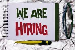 Demostración de la muestra del texto que estamos empleando Talento conceptual de la foto que caza el reclutamiento de Job Positio imagen de archivo
