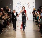 Demostración de la pista de Zang Toi FW19 como parte allí del New York Fashion Week fotografía de archivo libre de regalías