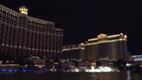 Demostración de las fuentes en Las Vegas Hotel de Bellagio almacen de video