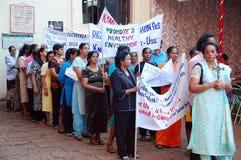 Demostración de las mujeres en la India Foto de archivo libre de regalías