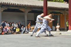 Demostración 5 de los monjes de Shaolin Fotos de archivo libres de regalías