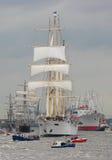 Demostración del casquillo San Diego del buque del aviador y de carga de la estrella del barco de cruceros en desfile durante la  Fotos de archivo libres de regalías