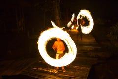 Demostración del fuego en la isla de Kood Fotos de archivo
