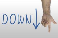 Demostración del gesto de mano abajo Abajo texto con abajo una flecha muestra de la mano abajo Foto de archivo