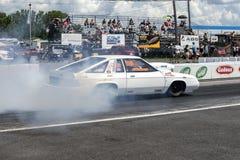 Demostración del humo del coche de la fricción de Dodge Fotos de archivo libres de regalías