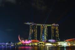 Demostración del laser, Marina Bay fotografía de archivo libre de regalías