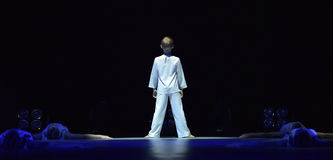 Demostración del teatro de danza del ` s de los niños Imagen de archivo