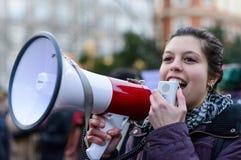 Demostración el día 2016 de las mujeres internacionales en Madrid, España Fotografía de archivo