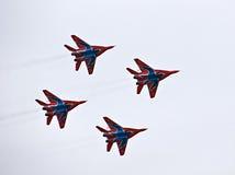Demostración militar del vuelo en la demostración de aire 2009 Fotografía de archivo