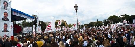 Demostración para la ONG de la emergencia en Roma Imagen de archivo libre de regalías