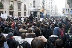 Demostración de estudiante en Milano el 14 de diciembre de 2010 Imágenes de archivo libres de regalías