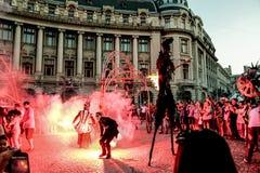 Demostración del salón en el festival internacional 2015, plaza de la universidad de Bucarest, Rumania del teatro de Bucarest Imagen de archivo