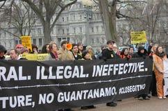 Demostraciones cercanas de Guantánamo Fotos de archivo libres de regalías