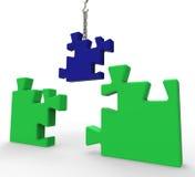 Demostraciones inacabadas del rompecabezas que solucionan problemas Imágenes de archivo libres de regalías