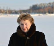 Den äldre kvinnan. Royaltyfria Bilder