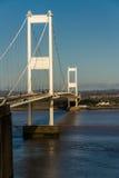 Den äldre Severn Crossing, upphängningbro som förbinder Wales wi Royaltyfria Bilder
