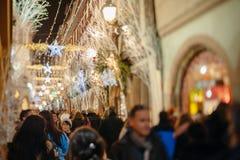 Den äldsta julen marknadsför i Europa - Strasbourg, Alsace, Fran Royaltyfri Fotografi