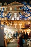Den äldsta julen marknadsför i Europa - Strasbourg, Alsace, Fran Royaltyfria Foton