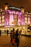 Den äldsta julen marknadsför i Europa - Strasbourg, Alsace, Fran Royaltyfria Bilder