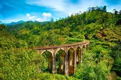 Den ärke- bron för järnväg nio i Demodara, Sri Lanka Arkivfoton