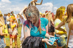 Den årliga festivalen av färger ColorFest royaltyfri bild