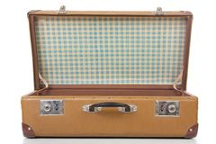 Den öppna resväskan Arkivfoton
