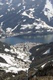 den Österrike semesterorten ser för att skida zell Royaltyfri Foto