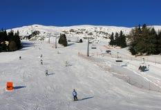 den Österrike semesterorten skidar Arkivfoto