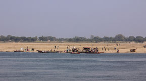 Den östliga banken av Gangesen Arkivfoto
