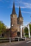 Den östliga porten (Oostpoort) i delftfajans, ett exempel av tegelsten Gothi Royaltyfri Fotografi