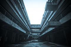 Den övergav stadsbyggnaden Arkivfoton