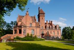 den 1901 byggda latvia slotten var Arkivbilder