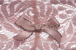 den abstrakt bowen snör åt modellpink Fotografering för Bildbyråer