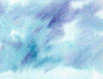 Den abstrakta idérika akvarellen målade bakgrund med blått tvättar lager Mjuk himmel och hav, is royaltyfri illustrationer