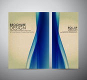 Den abstrakta mallen för broschyraffärsdesignen eller rullar upp Royaltyfria Bilder
