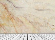 Den abstrakta sandstenväggen och den mönstrade trätjock skiva (naturliga modeller) texturerar bakgrund Royaltyfri Bild
