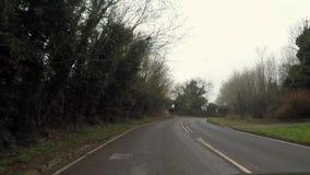 Den accelererade rörelsen av bilen på vägen till Dover arkivfilmer