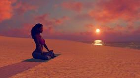 Den afrikanska kvinnan som mediterar i yogalotusblomma, poserar på stranden arkivfilmer