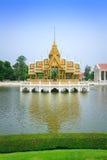 Den Aisawan Dhiphya-Asana paviljongen i Ayuthaya Arkivbilder