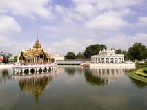 Den Aisawan Dhiphya-Asana paviljongen i smäll PA-i Royal Palace Arkivfoton