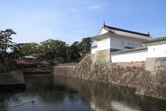 Den Akagane porten och den Sumiyoshi vallgraven av Odawara rockerar i Kanagawa Royaltyfria Bilder