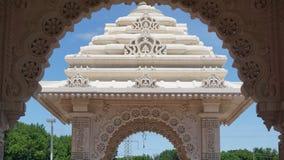 Den Akshardham templet i Robbinsville som är ny - ärmlös tröja Royaltyfri Fotografi