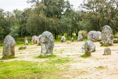 Den Almendres cromelechen, i Ã-‰ vora, Portugal, det viktigast i Iberiska halvön Fotografering för Bildbyråer